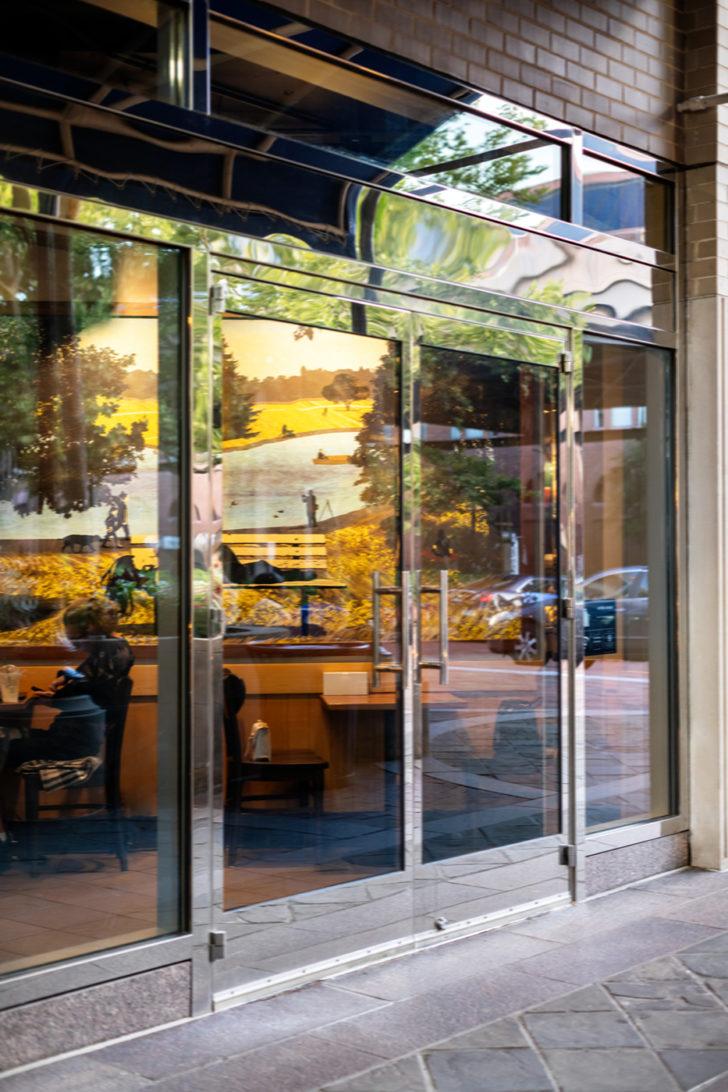Standard Series storefront doors